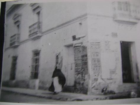 carteles en una esquina de Toluca