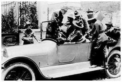 El automóvil gris (1919) (1/3)