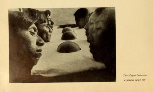 Los indígenas mayas -- una ceremonia funeraria.