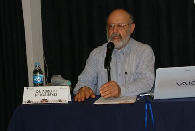 Dr. Aurelio de los Reyes
