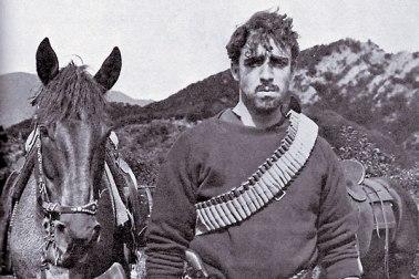 Raoul Walsh interpreta a Pancho Villa joven