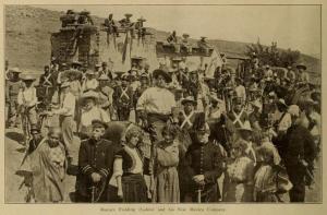 Fotografía de Romain Fielding y el staff de la Lubin publicada, Motography el 23 de agosto de 1913 (Vol. X, No. 4, p. 128)